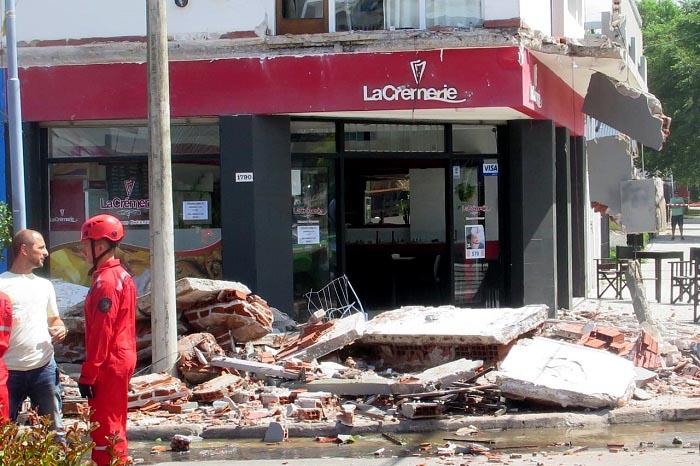 """Sobrevivió al derrumbe en Punta Mogotes: """"Tengo dos días de vida"""""""