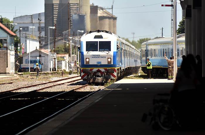 El tren a Mar del Plata sumó un refuerzo directo para el fin de semana largo