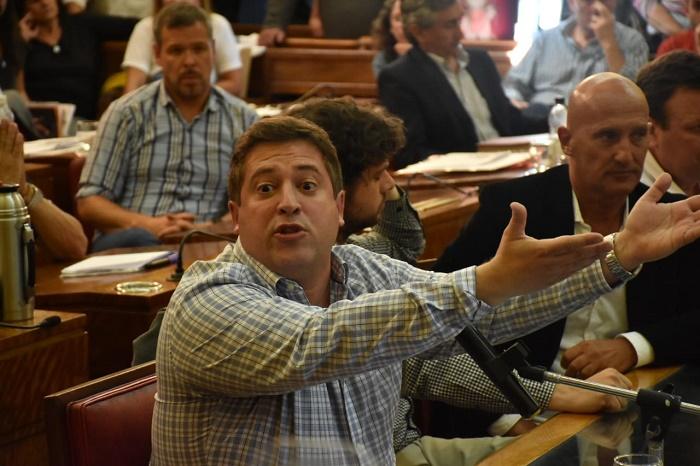 """Mourelle contra el Concejo: """"La sesión fue nula e ilegal"""""""