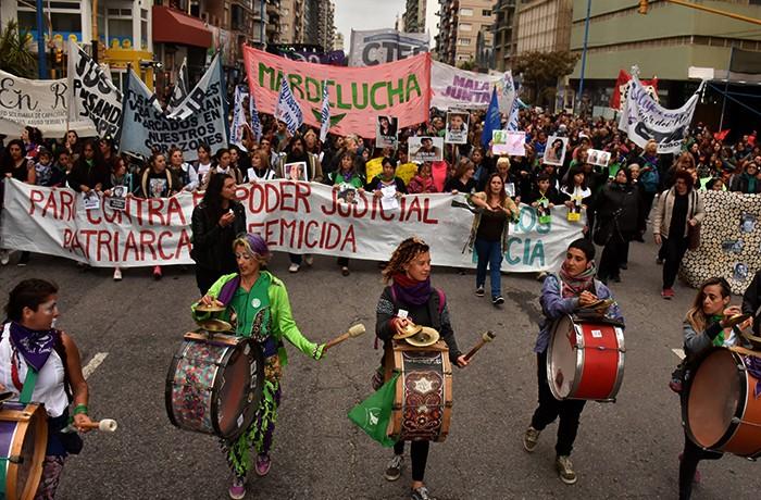 MARCHA LUCIA PEREZ  (4)