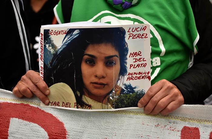 MARCHA POR LUCIA PEREZ  (14)