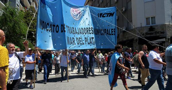 Los trabajadores municipales se suman al paro del 30 de abril