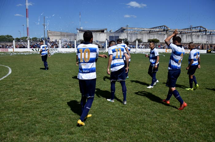 Fútbol local: la sorpresa del torneo, San Lorenzo, se medirá ante Nación