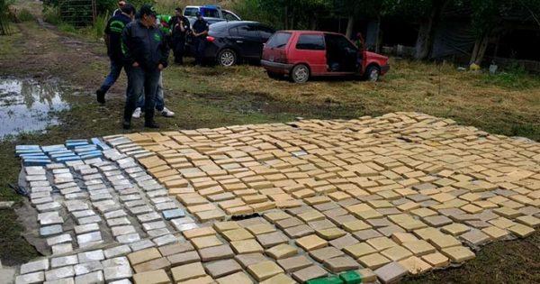 Operación Delfín: cae banda con casi 1200 kilos de marihuana