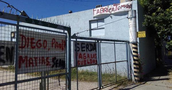 La fábrica Kernis, tomada hace un mes: 14 trabajadores a la deriva