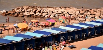 Playas: el control de las unidades de sombra, en la mira del Concejo