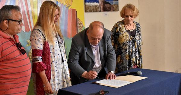 El Municipio firmó un nuevo convenio con vecinalistas