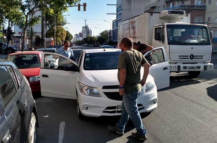 Uber, más operativos: otros dos autos secuestrados