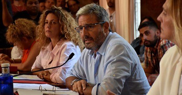 """Rugbiers salen al cruce de Volponi y de un """"proceso político nefasto"""""""