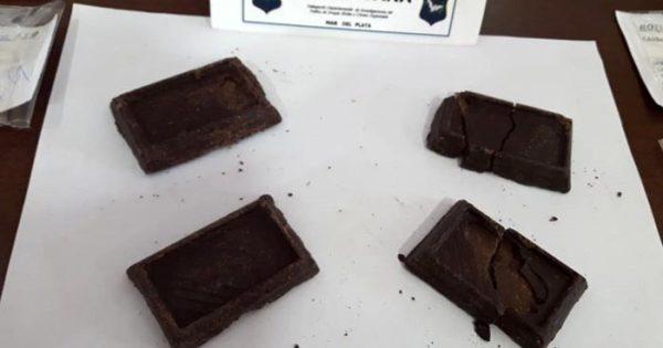 Secuestraron marihuana que intentaron esconder en chocolates