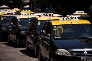 En la previa de la temporada, taxistas se movilizaron contra las aplicaciones