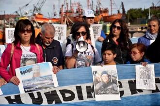 Repunte: a 19 meses, las familias visibilizaron su lucha en el Puerto