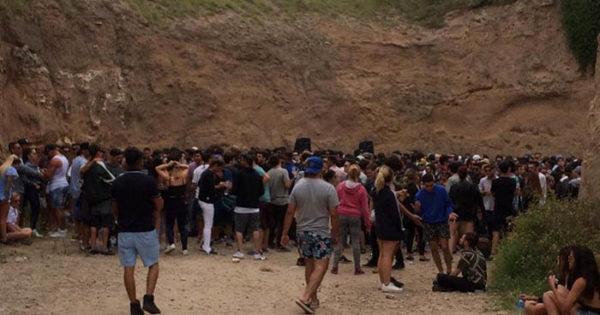 Acantilados: preocupación por fiestas sin controles en la playa