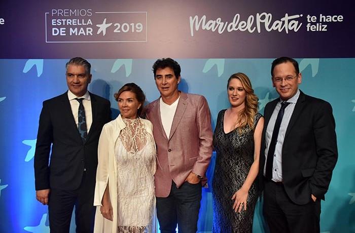 ALFOMBRA ROJA ESTRELLA DE MAR 2019  (28)