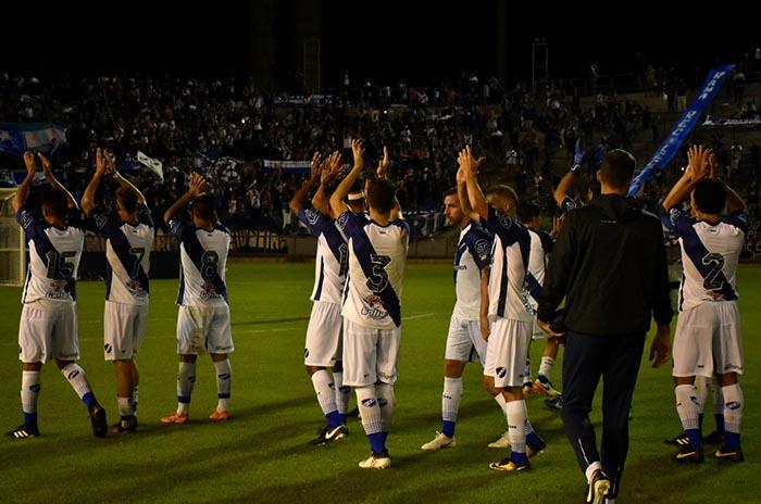 Alvarado, otra vez sin gol, empató con Defensores en el Minella