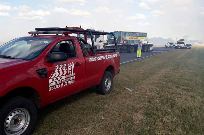 Accidente Ruta 226 Bomberos Sierra de los Padres (3)