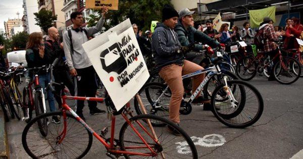 """Otra bicicleteada por """"Nía"""" Moreno y para generar conciencia"""