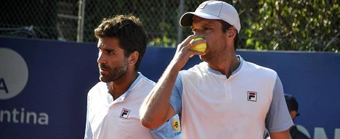 Zeballos y González avanzaron a semifinales sin jugar