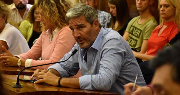 """Un concejal llama a una """"cruzada del rugby contra el fraude"""""""