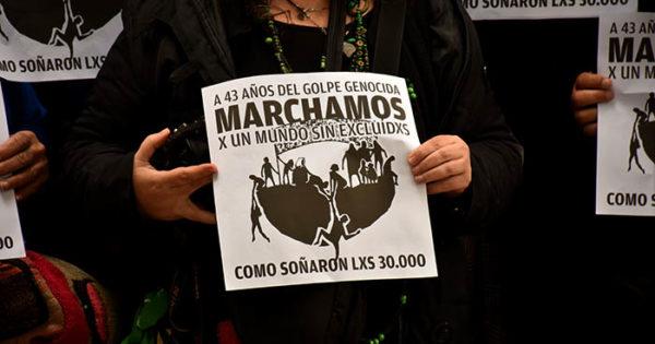 Convocan a una nueva marcha, a 43 años del golpe militar
