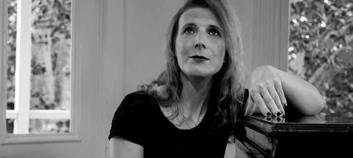 Calenna Garbä, por la composición musical y de derechos