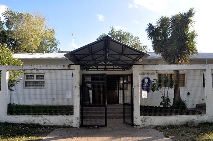 """Escuela 217: obra paralizada y """"alto riesgo"""" para la comunidad"""