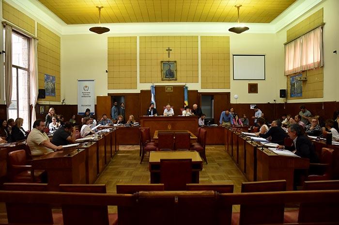 Tras nueve meses, el oficialismo aprobó el Presupuesto 2019