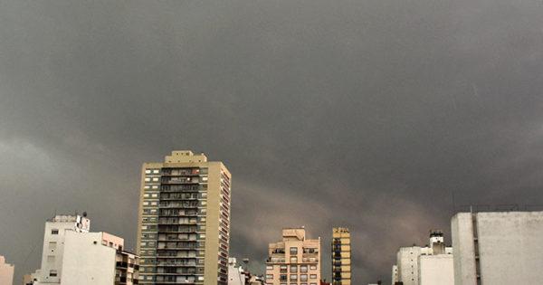 Rige un alerta meteorológico por posibles tormentas fuertes