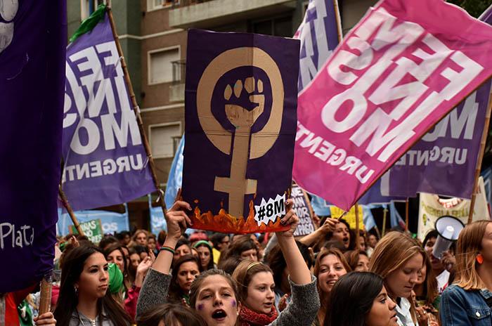 Un conversatorio para repensar el arte desde una perspectiva feminista