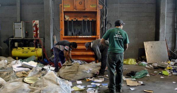 Recicladores evalúan medidas de fuerza si no obtienen respuestas