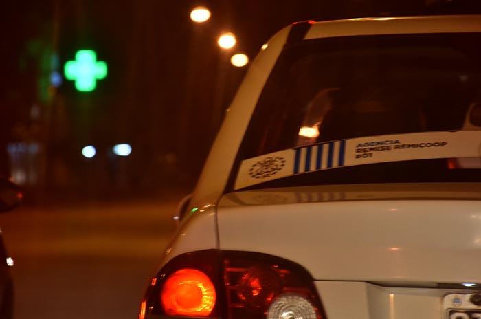 Paro y vigilia de remises desde la medianoche en Mar del Plata