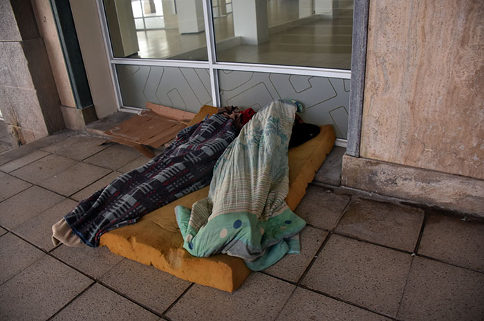 """Situación de calle: pese al frío, """"la cantidad de gente no ha mermado"""""""