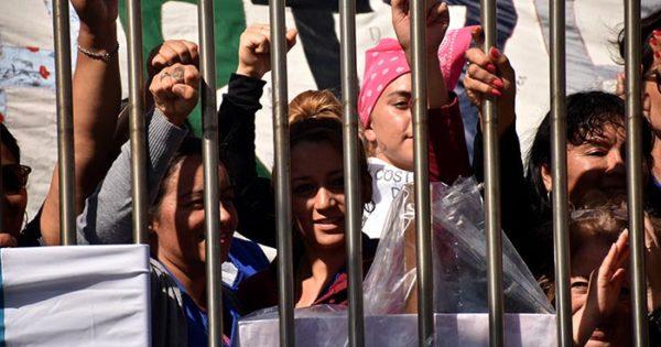 Textilana: audiencia, contraoferta y continuidad del paro