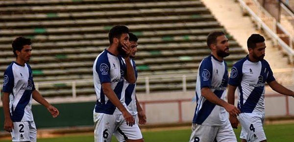Alvarado cayó con Sarmiento y perdió la primera chance