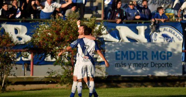 Alvarado va por el sueño Nacional y define el ascenso con San Jorge