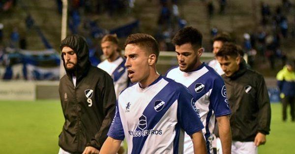Alvarado no pasó del empate con San Jorge y quedó al límite