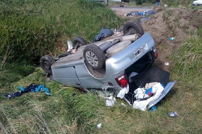 Ruta 11: un hombre perdió el control de su vehículo, volcó y murió