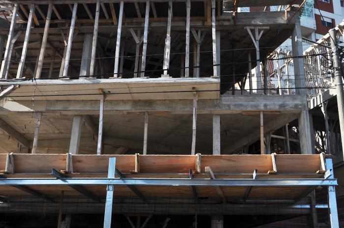 Cuarentena: Kicillof anunció que serán habilitadas las obras privadas en la fase 3