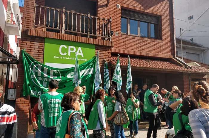 Adicciones: compromisos de la Provincia ante los reclamos del CPA