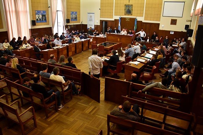 En medio del conflicto docente, otra sesión especial del Concejo