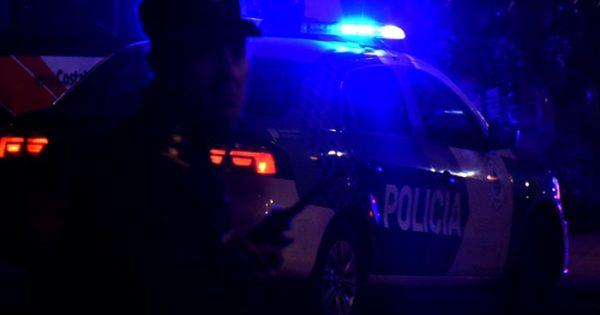 Dos motociclistas murieron tras chocar con un camión estacionado