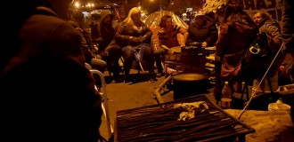 Acampe, día diez: mientras Arroyo va a la Justicia, las familias resisten