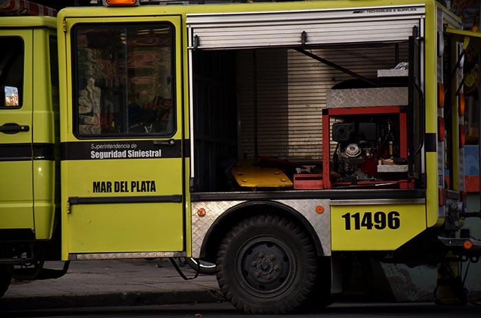 Murió una mujer en medio de un incendio en una casa