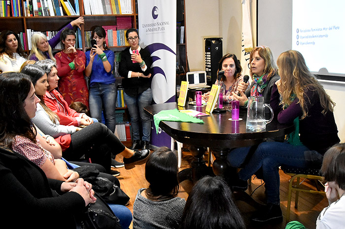 Mariana Carbajal periodistas feministas - fotos Marcela Golfredi (4)