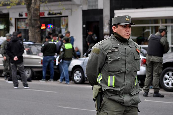 Organizaciones cuestionan la llegada de Gendarmería