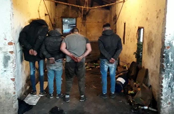 policiales detenidos desarmaderos de autos