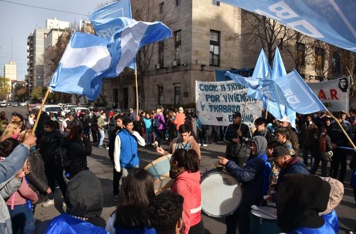 BARRIOS DE PIE VOTAMOS LUCHAR  MARCHA  (5)