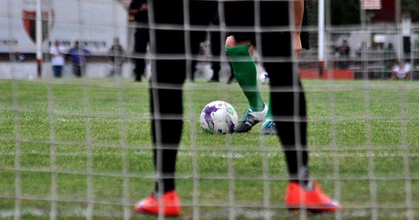 Fútbol local: comienza a rodar la pelota en los playoff