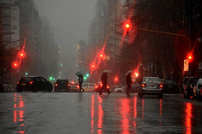 Temporal en Mar del Plata: asciende a 22 la cantidad de evacuados
