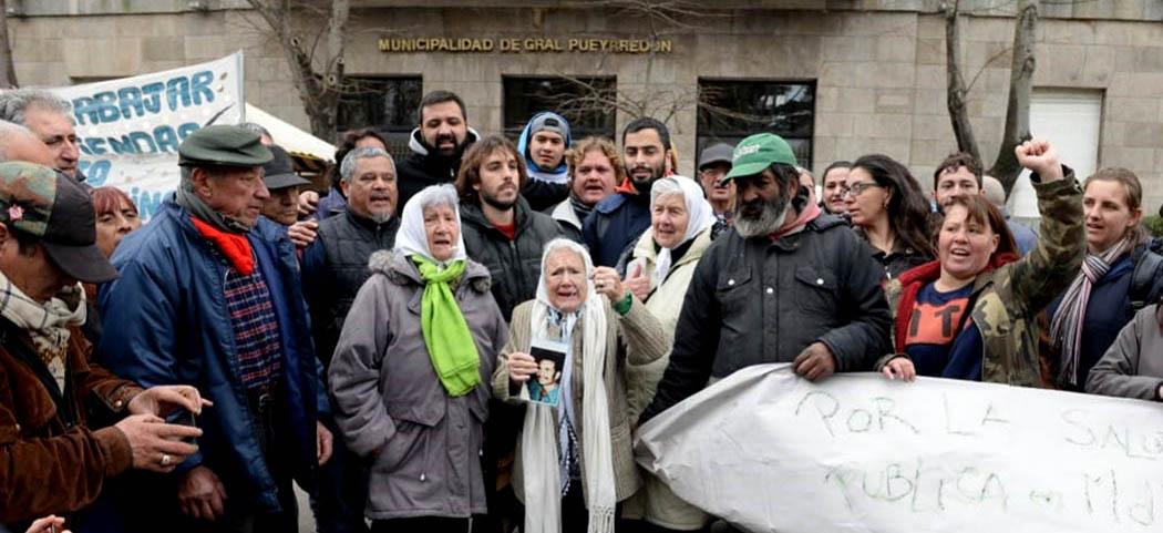 """Nora Cortiñas en el acampe: """"Este pueblo, gracias a que resiste, está en pie"""""""